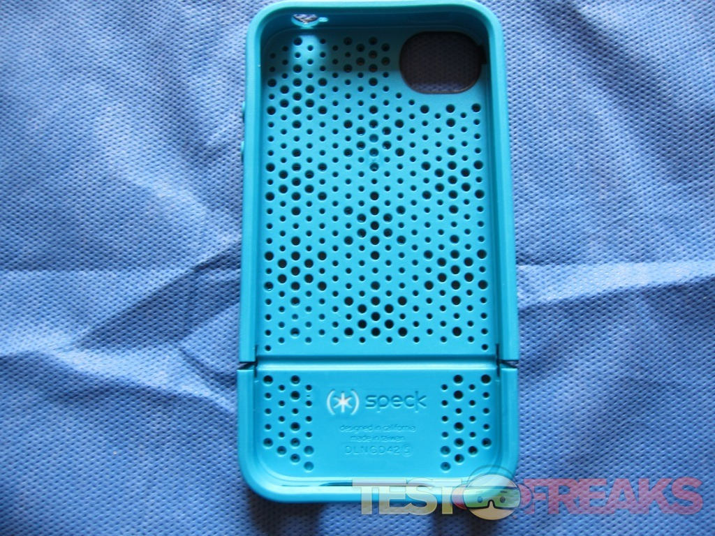 Review of Speck CandyShell Flip for iPhone 4S/4
